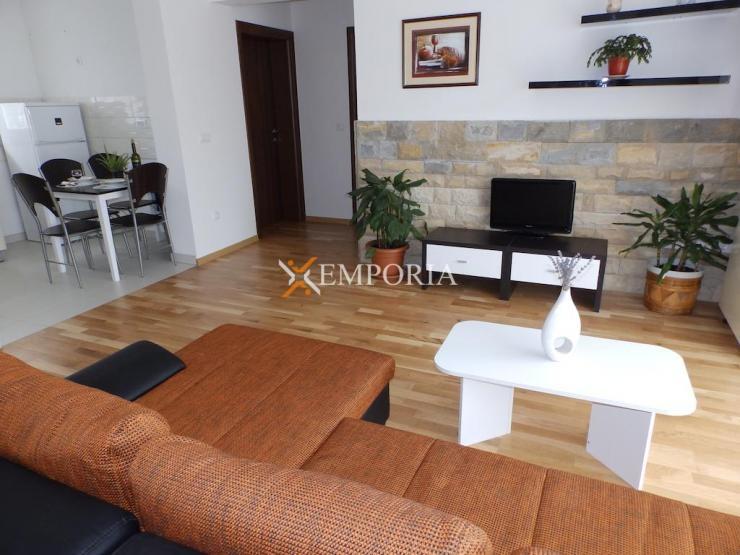 Wohnung F331 – Zadar, Crvene kuće