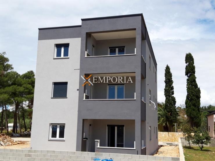 Apartment A458 – Vir
