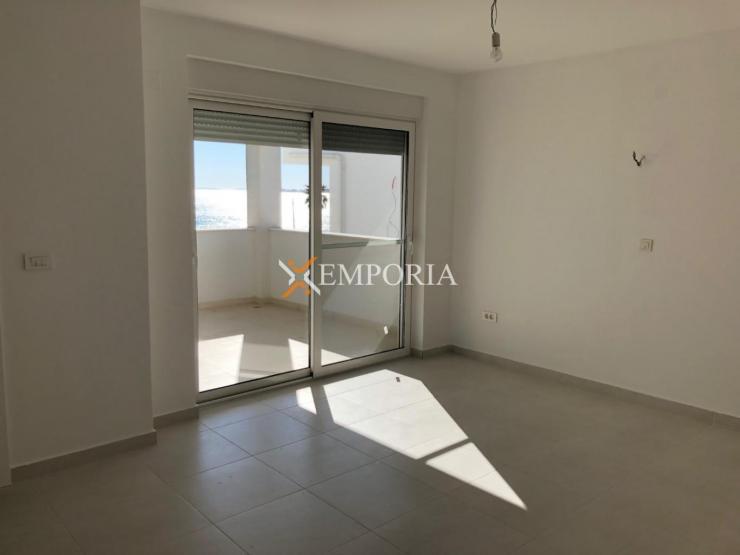 Apartment A478 – Vir