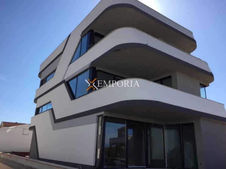 Apartment A502 – Vir
