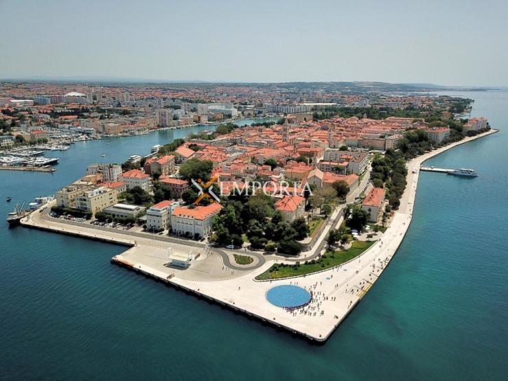 Gewerbeimmobilie B129 – Zadar, Poluotok (Altstadt)